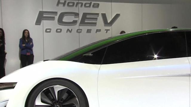 Hydrogen power flexes muscles at LA Auto Show